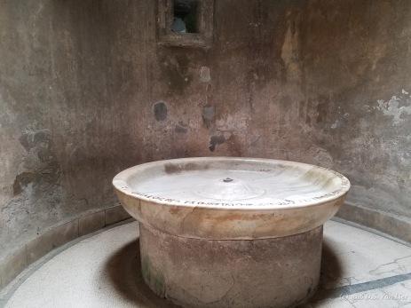 A building, perhaps a sauna, in Pompeii