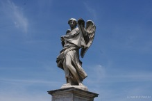 A statue on the Ponte Sant'Angelo