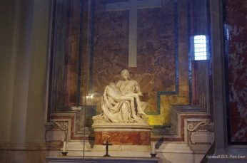 The Pietà by Michelangelo in St Peter's Basilica
