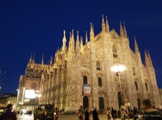 Milan Duomo (Duomo di Milano) at night