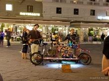 Musicians on the Piazza della Repubblica