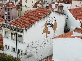 Mural seen from Porta do Sol