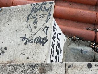 Graffiti on Porta do Sol