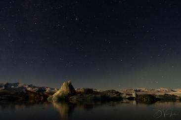 Night sky over Jökulsárlón Glacier Lagoon