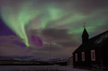 Aurora over Búðakirkja